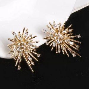 NEW Yellow Gold Striking Firework Stud Earrings